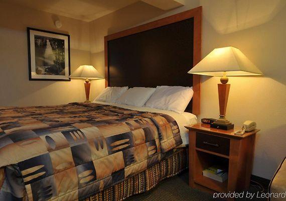 Portland Hotels.info